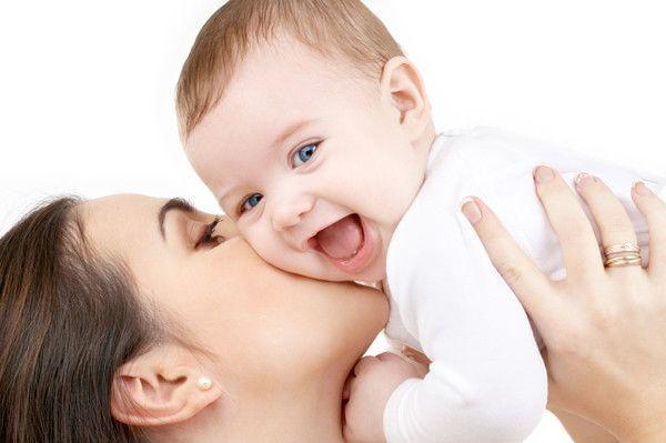 Bisous maman et bébé