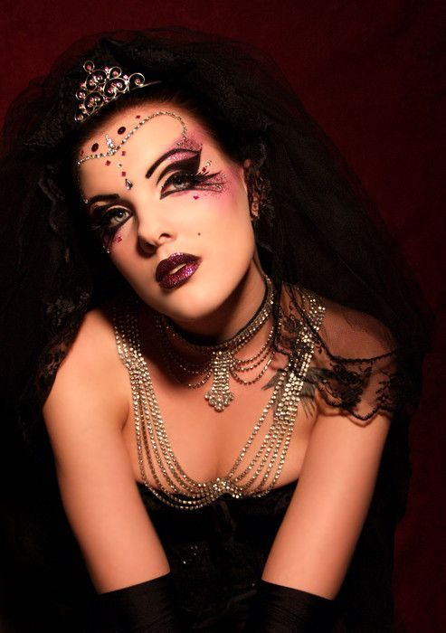 maquillage femme medieval