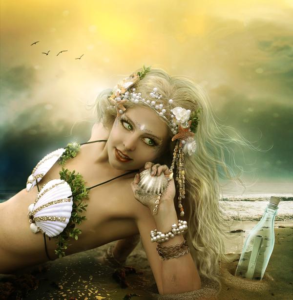 Belle Sirène blonde
